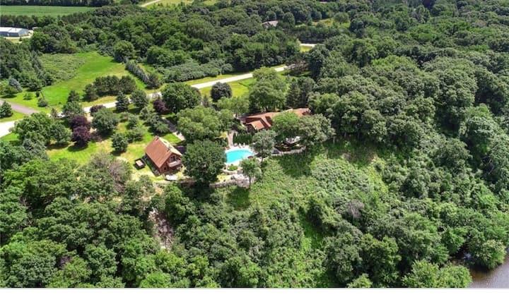 Spectacular views  + acreage + Mississippi + pool