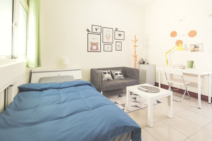 Life House-A 近園區/清大/交大/新莊火車站,背包客&差旅,面試,考試,清新舒適的好選擇