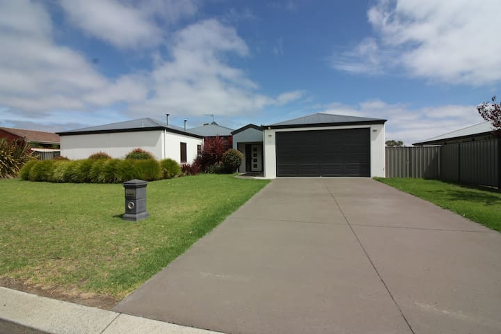Manjimup Home close to CBD