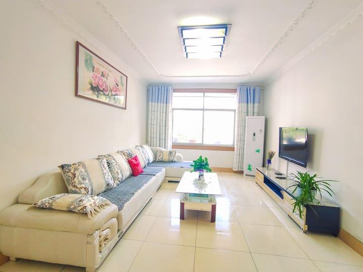 武当山中心城区干净舒适阳光充沛2居室