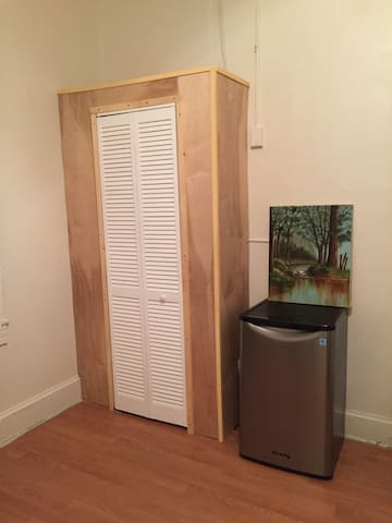 Mid-town Baltimore, Convenient Location - Baltimore - Townhouse