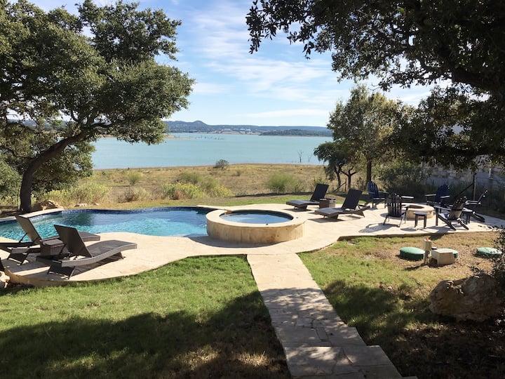 Gorgeous waterfront home, pool, outdoor kitchen