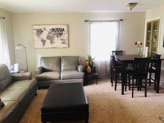 Sweet 2bed in a Great Location near UW & Lake Wash