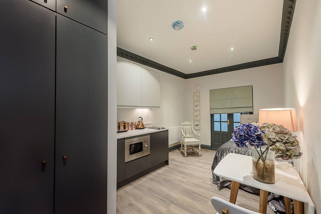 Charming notting hill studio appartamenti in affitto a for Nuovo stile coloniale in inghilterra