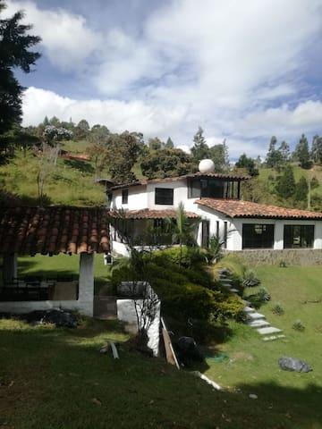 Finca en Guarne a tan solo 18km de Medellín