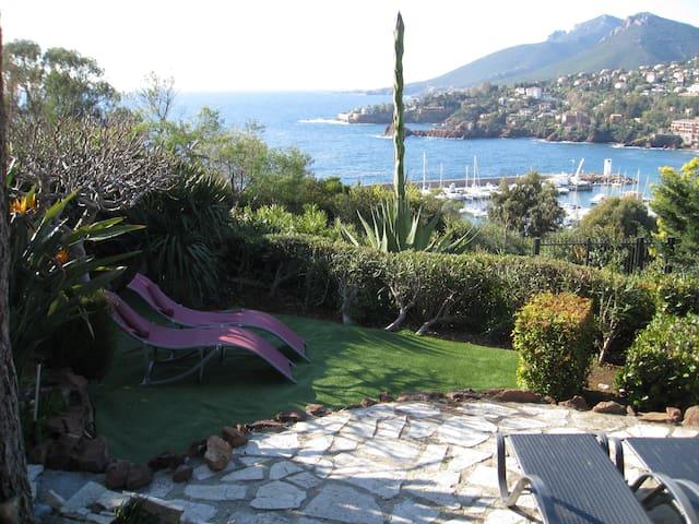 Feriehus med fantastisk udsigt over Middelhavet - Théoule-sur-Mer - Chalet