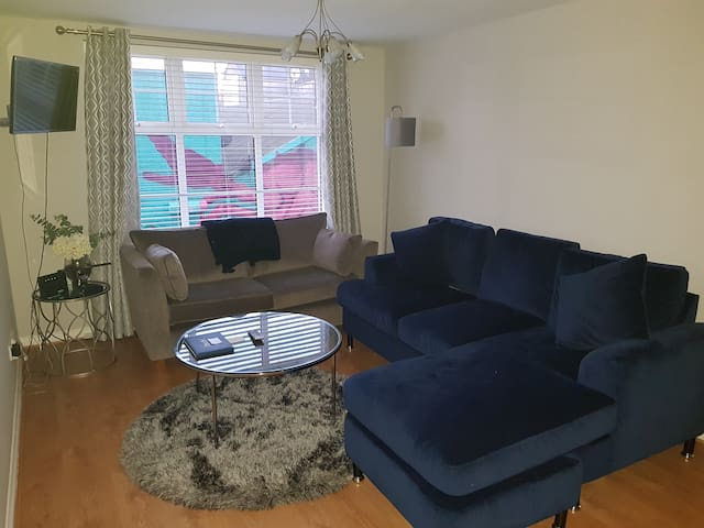 BT2 Luxury Serviced Apartments 1