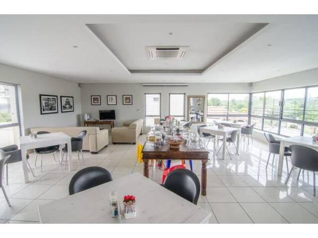 Modern Villa, Beautiful Garden - Esprit Estate - サントン - 別荘