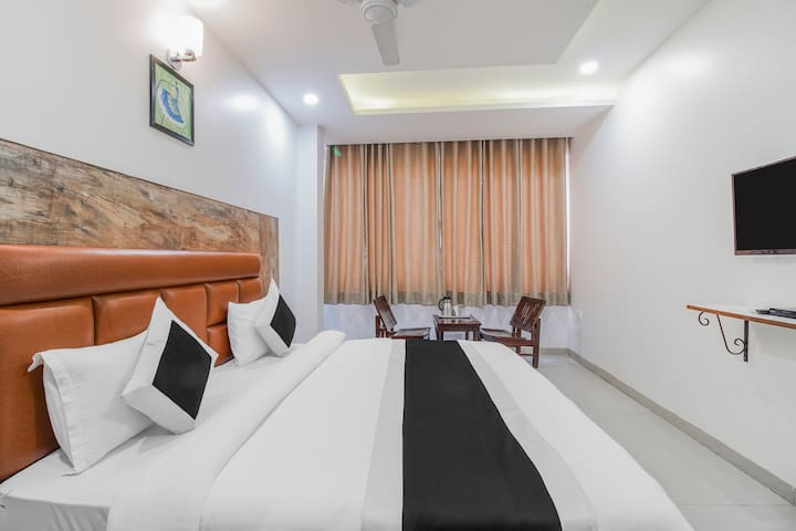 Gracious A Unit of Hotel Vishesh 2
