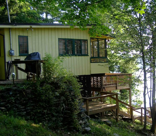 Cottage on Lake Bomoseen - Fair Haven - 통나무집
