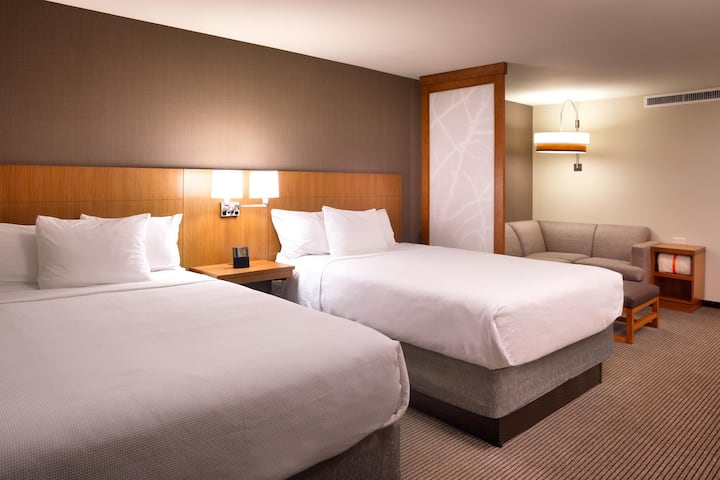Contiguous Double Two Double Beds At Sandy