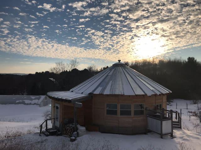 Wooden Round Home **Winter Retreat**