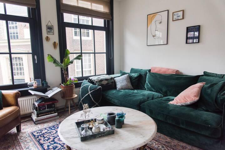 Spacious apartment in heart of Jordaan