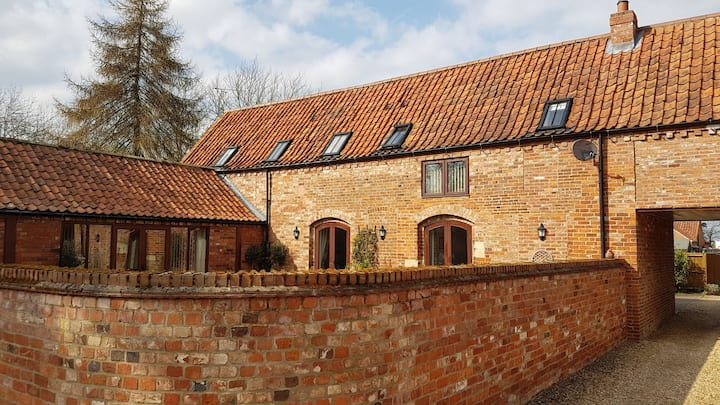 Ensuite double bedroom in converted barn.
