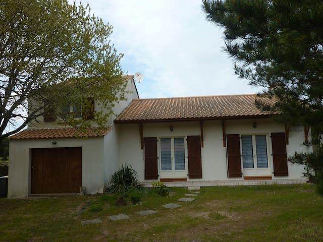 """""""maison de la mer """" 200 m / plage - Bretignolles-sur-Mer - House"""