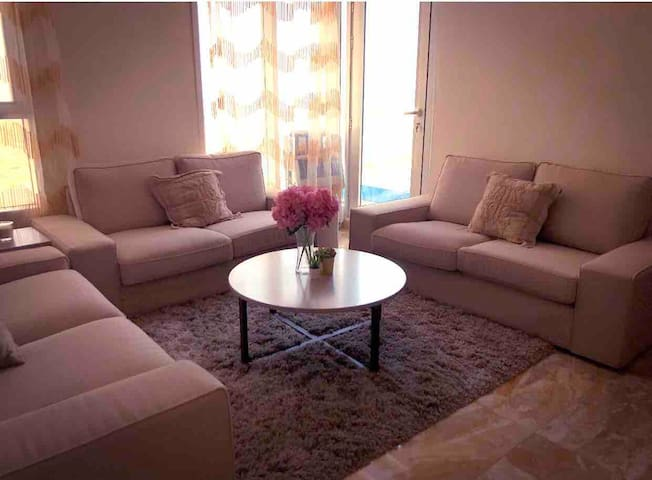 **Sea view 2 bedroom flat in downtown Salmiya**