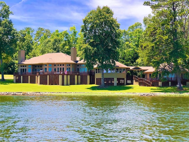 NEW! 6000SQFT, 180+Degree View  Plus GUEST HOUSE