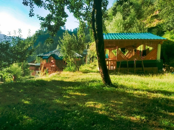 ☮Amazing 3BR Wood Cottage|scenic|best food jibhi