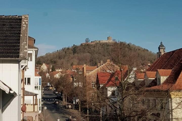 Kleine Wohnung, mit zentraler Lage in Homberg/Efze