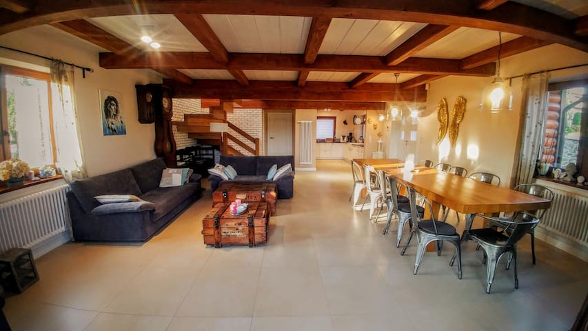 Chalet confortable /Cosy modern chalet