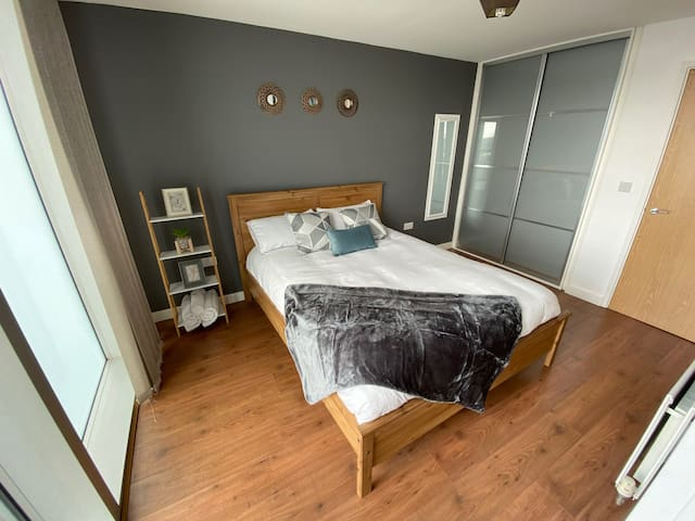 Chelsea House - fully furnished apartment