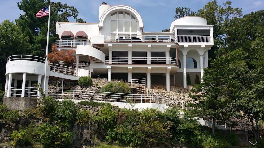 View, view, view!!! Luxury - Lake Ozark - House