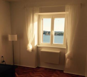 Romantic House with Sea View - Šibenik - House
