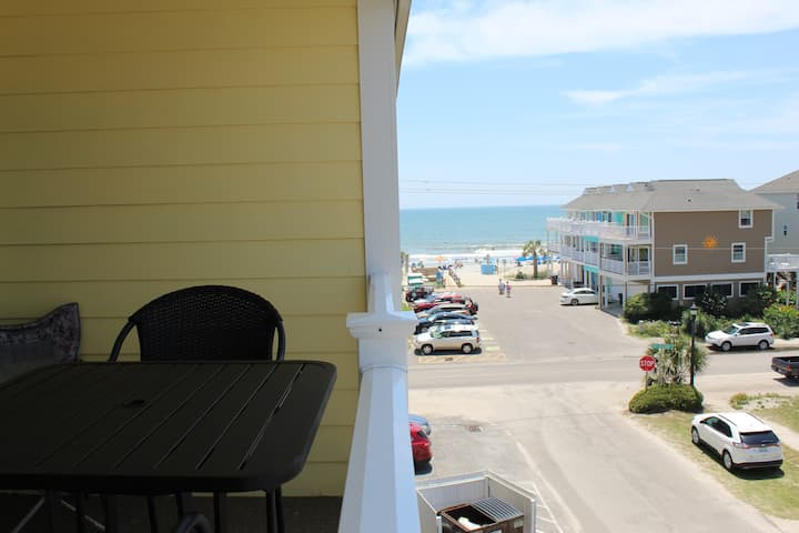 Beach condo with pool!!