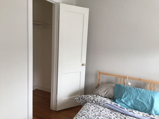 Two private rooms in beautiful home - Woburn - Haus