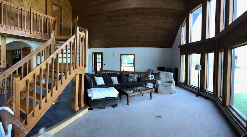 Spacious Home near WGI Available for Woodstock 50