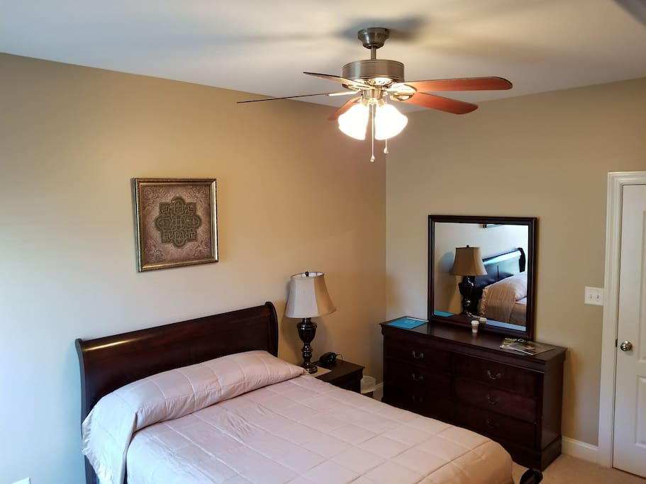 Bed and Dresser2