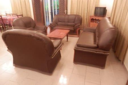 Villa 4 chambres privatives - Cotonou - Villa