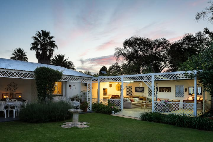Cosy Homestay in the heart of Parys