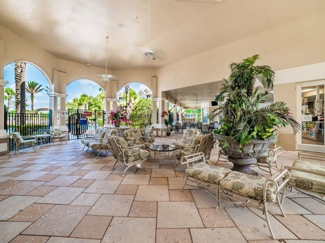 Rent a Luxury Villa on Windsor Hills Resort, Minutes from Disney, Orlando Villa 1091