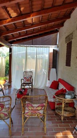 villa Marirobi