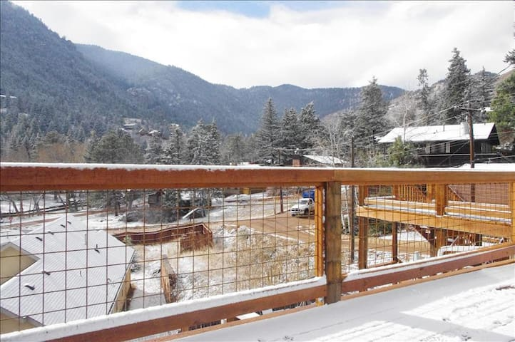 One Bedroom Jacuzzi Suite In Newly Refurbished Historic Lodge. - Green Mountain Falls - Andere