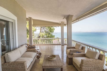 Dreamy sea view villa just 50min away from Athens - Plaka Dilesi - 独立屋