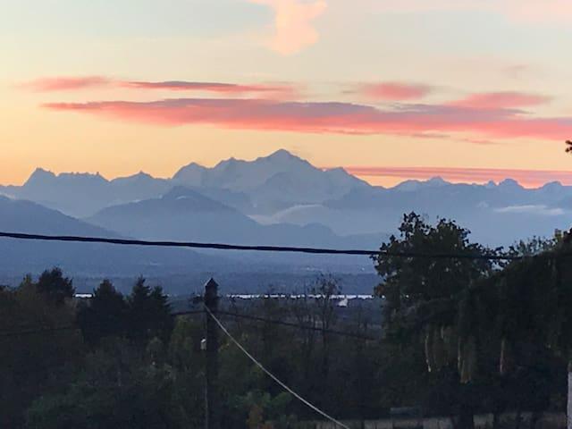 vue du mont blanc depuis la maison