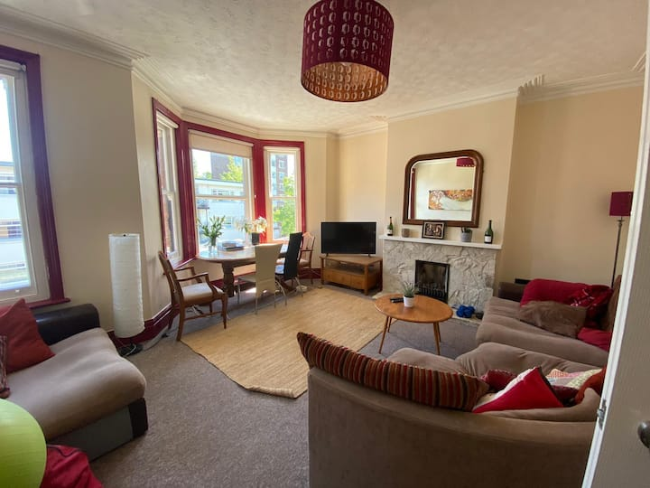 Fantastic 3 bed Apartment, Southampton