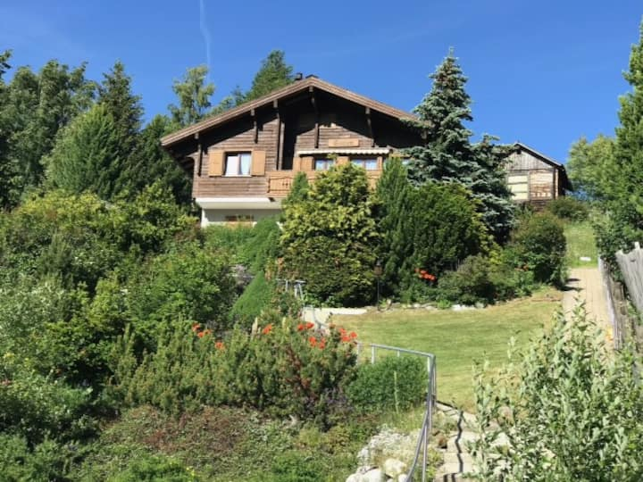 Vernieuwd appartement 6 pers. in chalet Shalom
