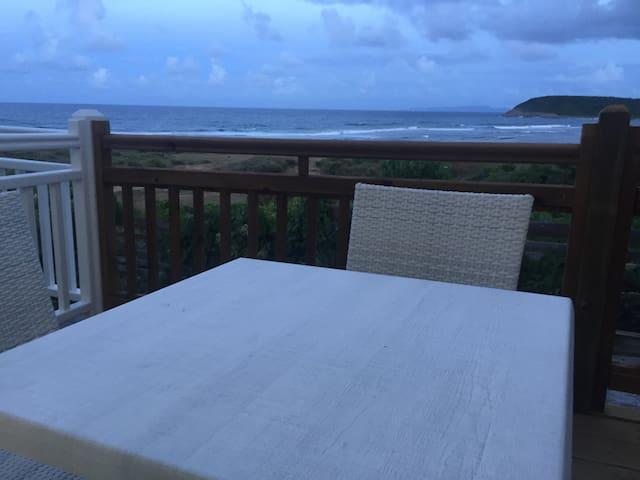 Déjeuner en terrasse si vous le souhaitez