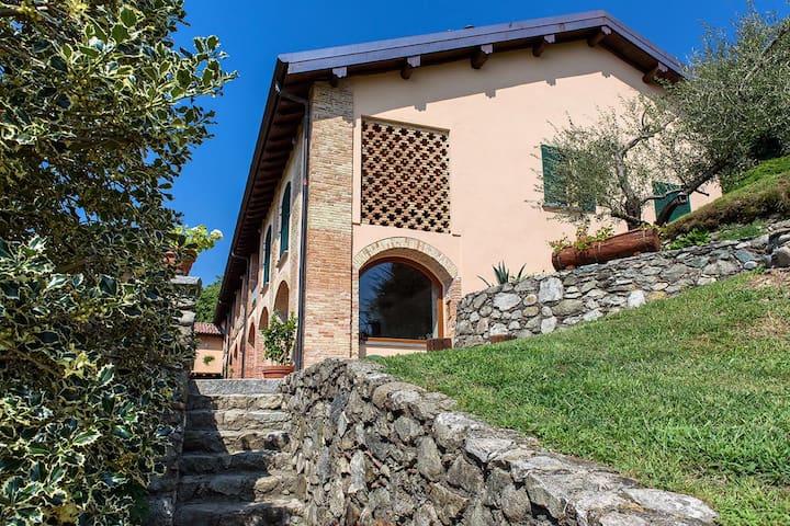 Tenuta Ronco Regio - Suite Bella Vista - Cavallasca - Muu