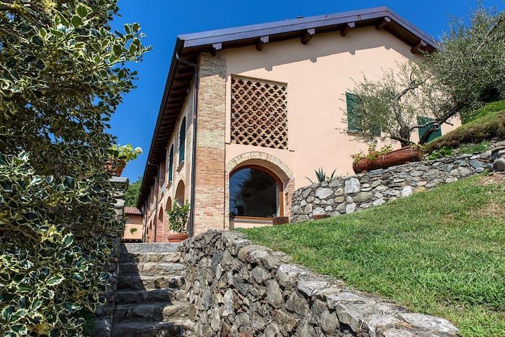 Tenuta Ronco Regio - Suite Bella Vista - Cavallasca