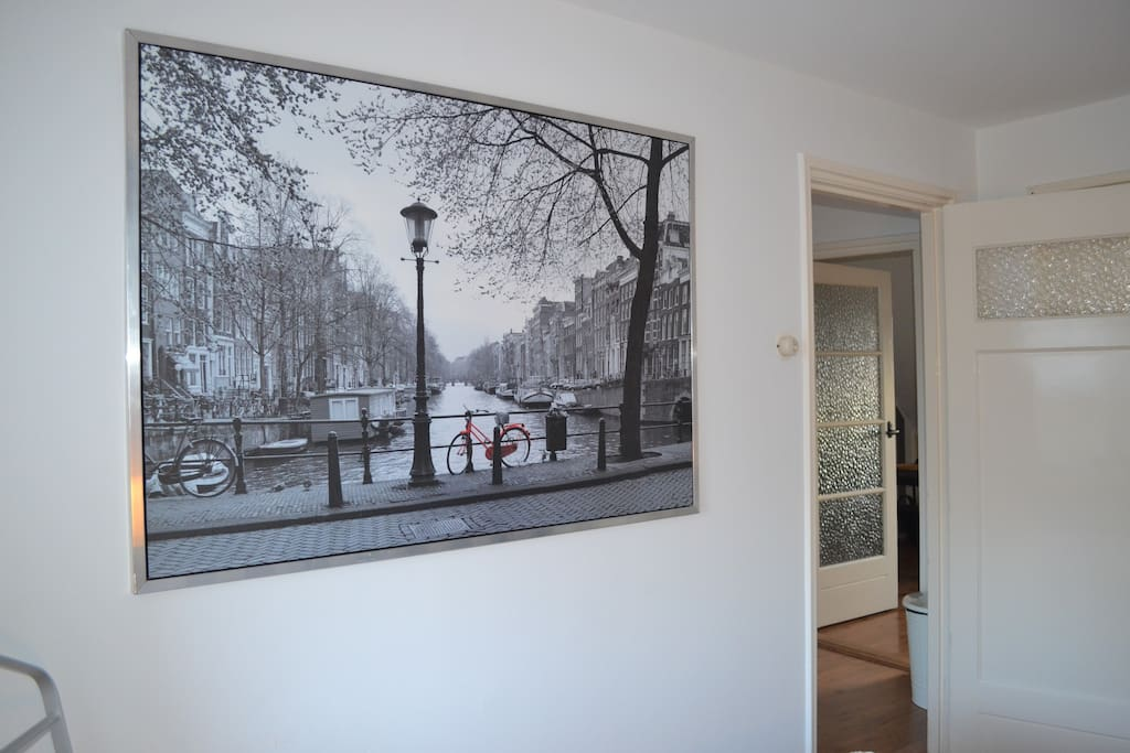 Bedroom - Amsterdam canal photo