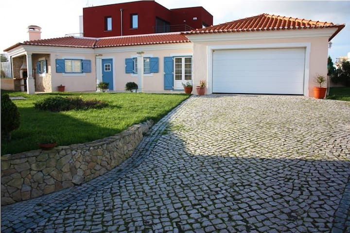 Casa da Praia -In the countryside by the beach - Atalaia