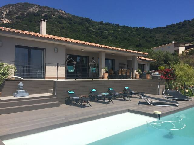 Villa MG contemporaine luxe, piscine, spa, vue Mer - sainte lucie de porto-vecchio - Casa particular