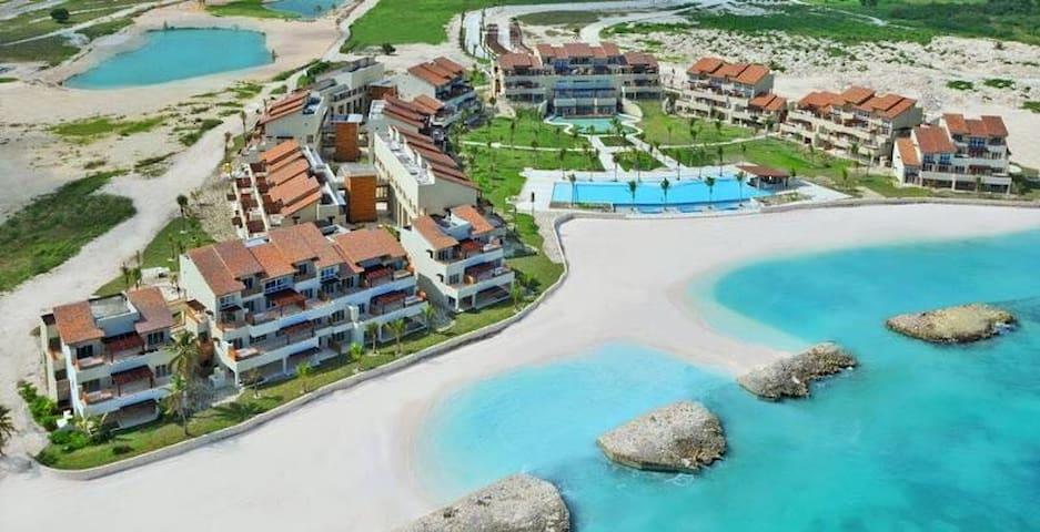 SotoGrande Cap Cana Beachfront Dream Apartment