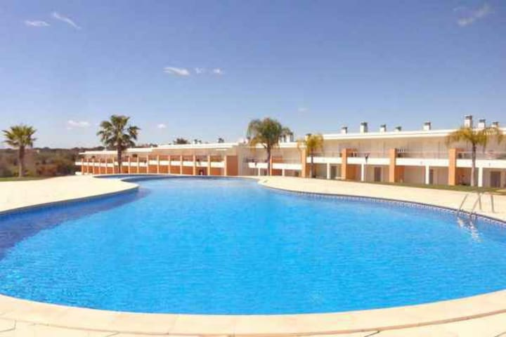 Wonderful new apartment for 4 people in Albufeira
