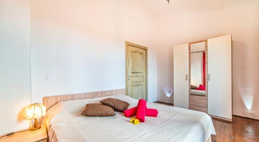 Holiday house in Croatia 4* -Istra, Stone villa - Čabrunići - House