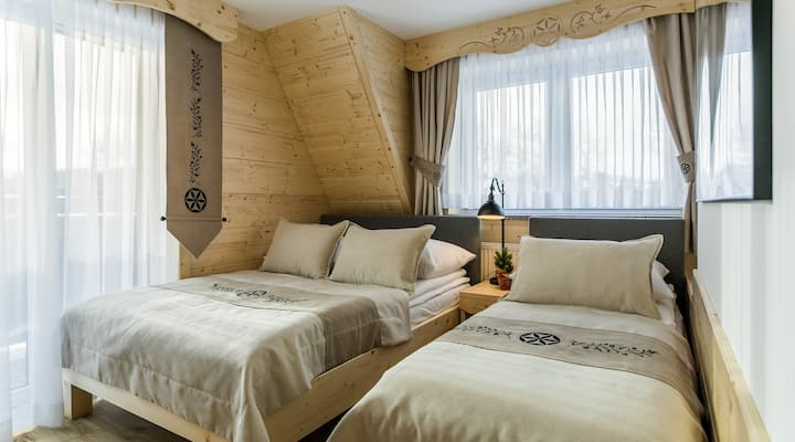 Deluxe Folk double room